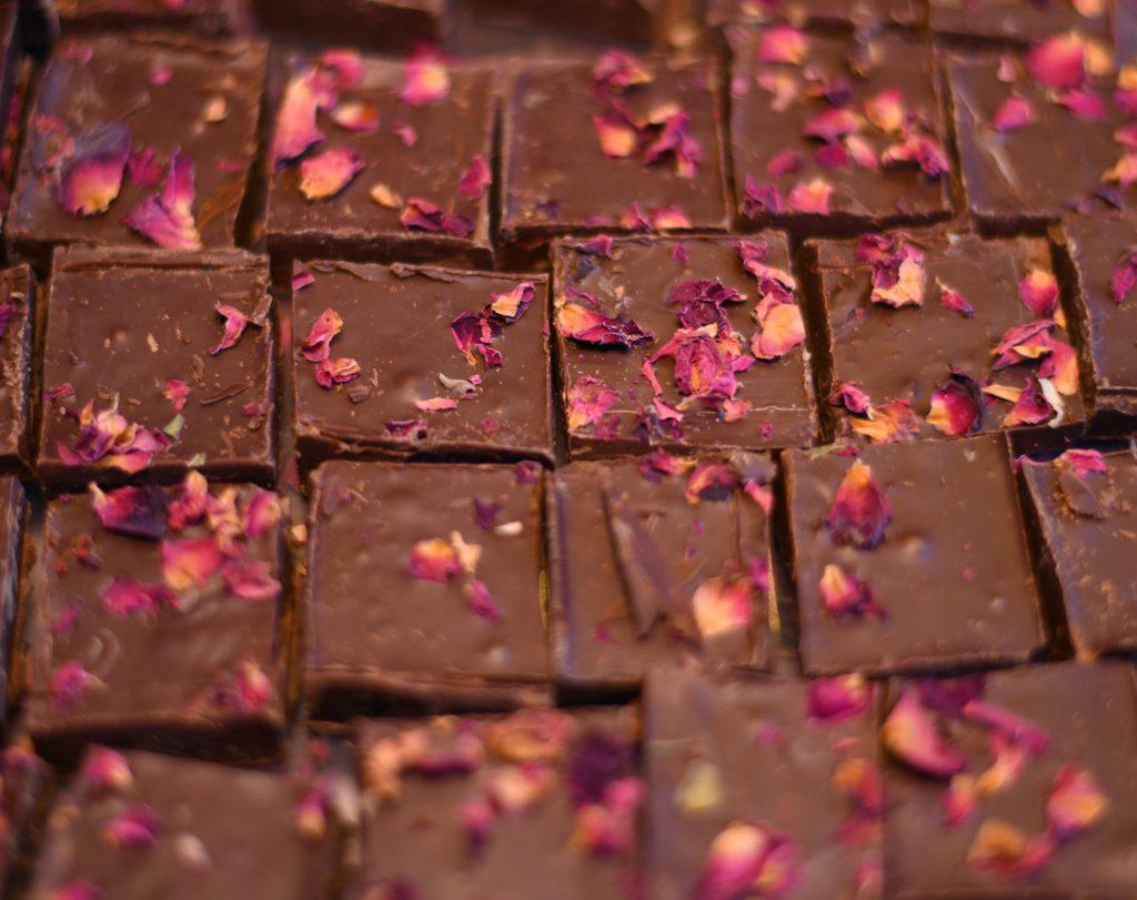 Σοκολατάκι bitter με ροδοπέταλα | Oh! La Low γλυκά χωρίς ζάχαρη