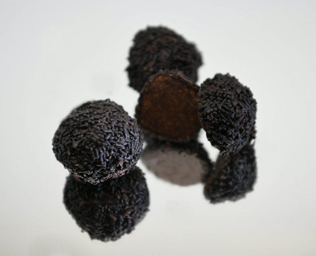 Τρουφίτσες Γλυκά με στέβια | OH! La Low γλυκά με στέβια χωρίς ζάχαρη στη Γλυφάδα